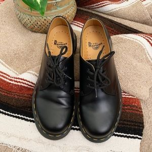 NEW Dr. Martens 1461 Smooth Oxfords